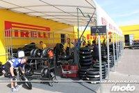 Pirelli seguirá como suministrador en Superbikes hasta el 2015