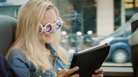 Si te mareas cuando viajas en coche, avión o barco deberías probar estas gafas