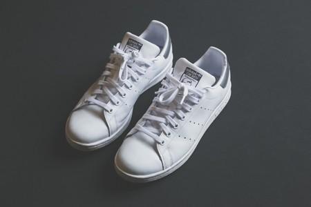 Sarenza nos ofrece descuentos de hasta el 60% en Adidas, Reebok, Kicker o Gioseppo además de bailarinas y mocasines