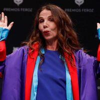 """""""Nos usan como cobayas"""". Victoria Abril, Feroz de Honor 2021, da un discurso negacionista y AICE se desmarca con un comunicado"""