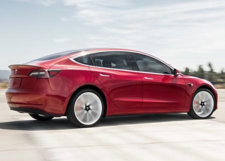 Tesla Model 3 6
