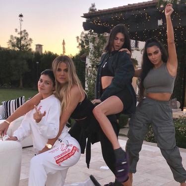 Todas las integrantes de la familia Kardashian y sus cambios (salvajes) de cirugía