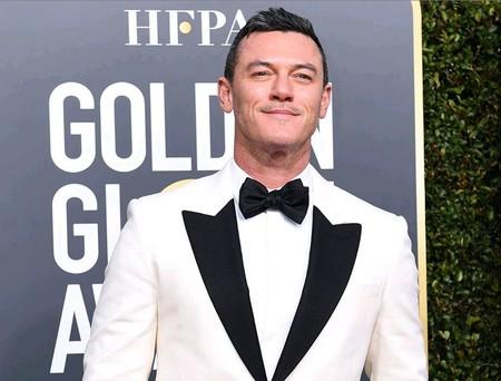 El color blanco también es una apuesta elegante y así lo llevan en los Globos de Oro