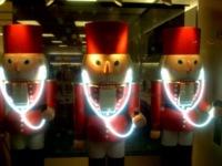 Avances en la decoración de navidad de las Apple stores