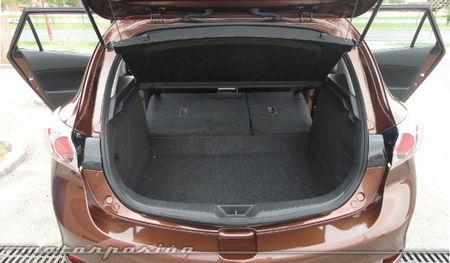 Mazda3 1.6 CRTD 115 cv, acceso a la carga
