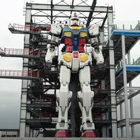 El Gundam japonés a tamaño real da sus primeros pasos: así se mueve un robot mecha de 20 metros
