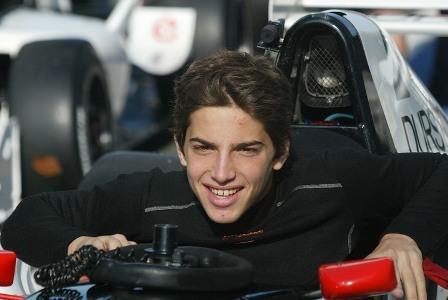 Mercedes quiere tutelar la carrera de Roberto Merhi
