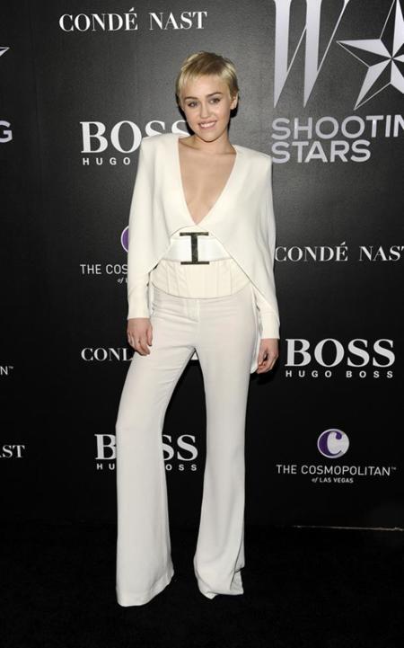 Miley Cyrus Shooting Stars Fiesta W Magazine