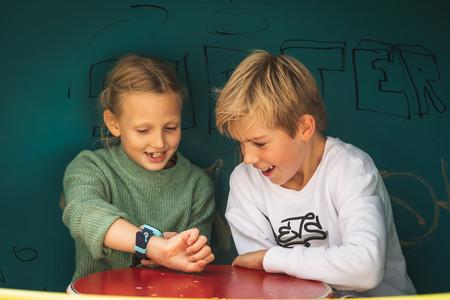 Guía para acertar en la compra de un smartwatch para niños, uno de los regalos estrella de esta Navidad