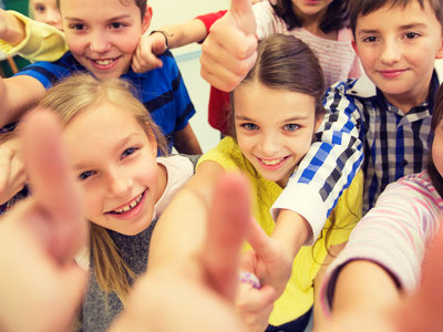 Magia, ilusionismo, taichi o masajes: la innovación llega a las escuelas