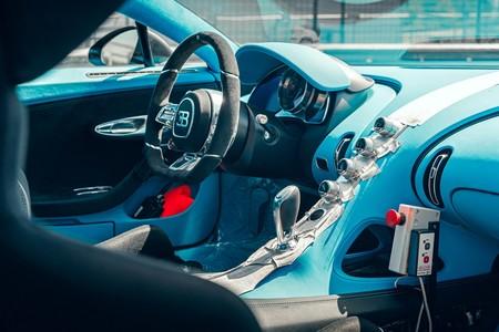 Bugatti Chiron Pur Sport Sale A Correr En La Pista 10