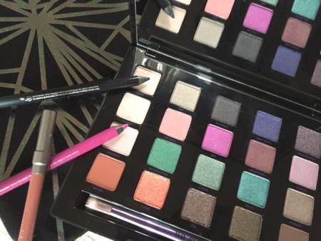 Vice4, la nueva paleta de sombras de Urban Decay, ya es mía. Lo confieso: amo el color