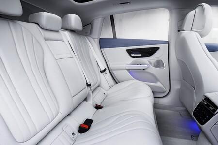 Mercedes Benz Eqe 2022 026