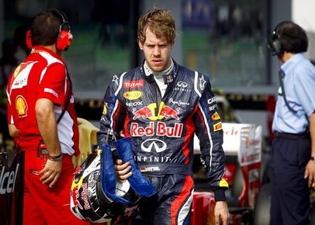 Sebastian Vettel: No tengo el traje rojo en el armario, ni he firmado nada