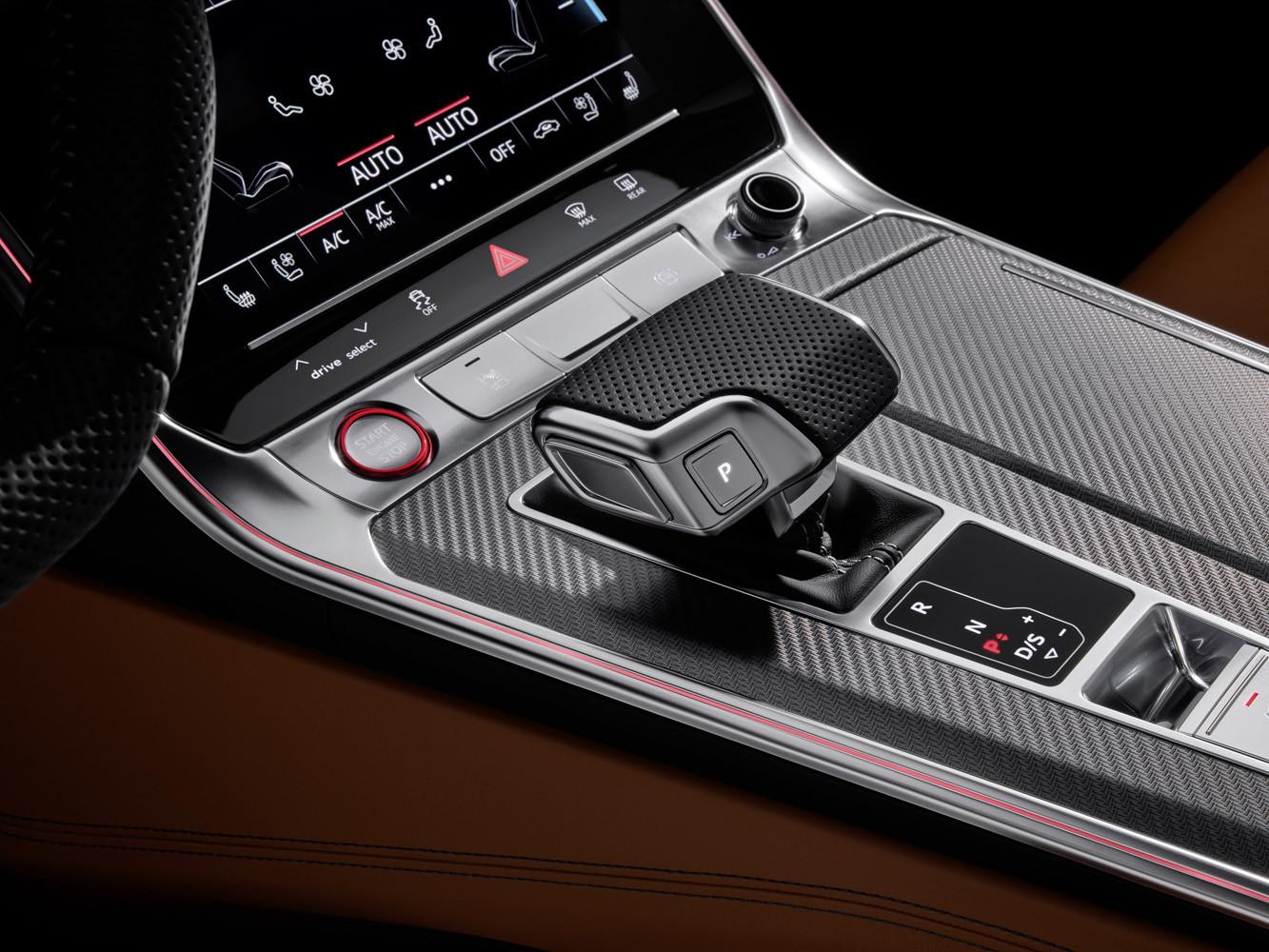 Foto de Audi RS 6 Avant 2020 (10/18)