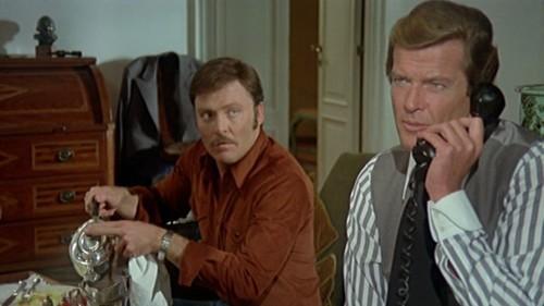 'Los ejecutores', Roger Moore más allá de James Bond