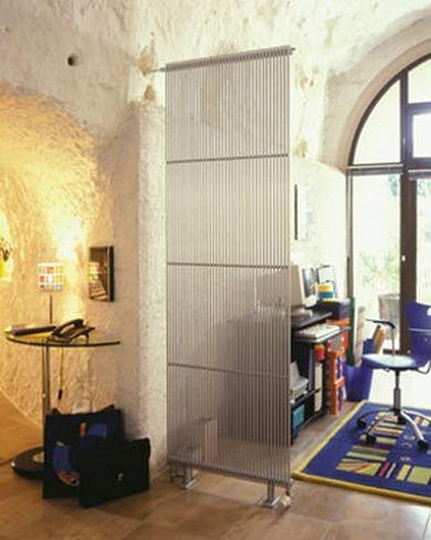 Separar ambientes con radiadores verticales
