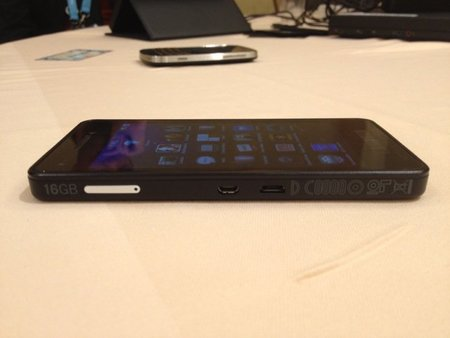 blackberry-devalpha-9.jpg