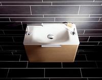 Refinamiento compacto para baños estrechos