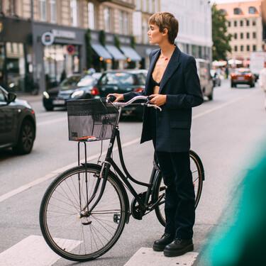 Este otoño 2021 se lleva el blazer de estilo vintage, masculino y en tamaño XXL
