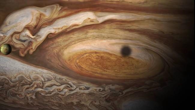 Una visión única de Júpiter y sus lunas gracias a la JunoCam