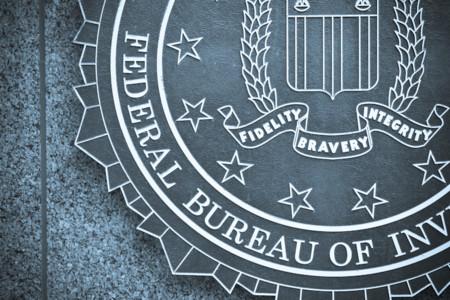 La historia continúa: El FBI ayudará a hackear un iPhone relacionado con un homicidio en Arkansas