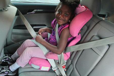 Un análisis de 68 sillas de seguridad para todas las edades concluye que, en general, son bastante seguras