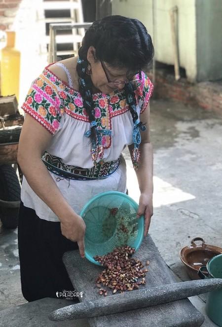 Nixtamalizacion-molienda-Eugenia-Revoreda-directo-al-paladar-mexico