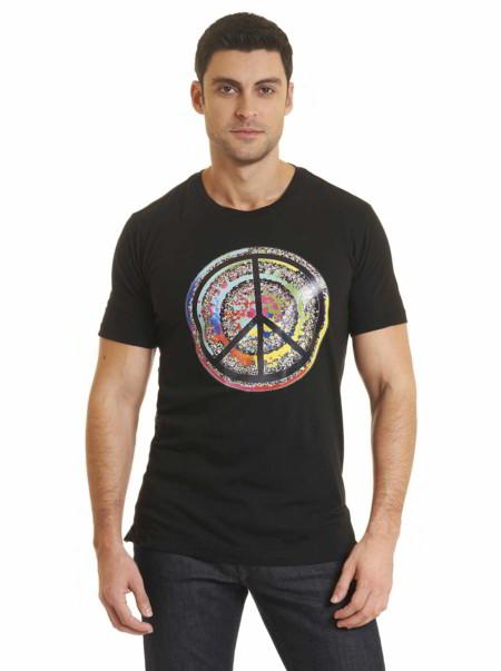 Ringo Starr y Robert Graham lanzan colección de camisetas y camisas con motivos de amor y paz
