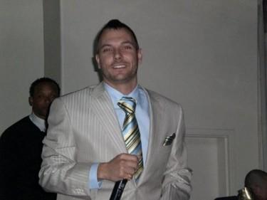 A Kevin Federline le parece genial que se case Britney. Mientras le dejen seguir comiendo...