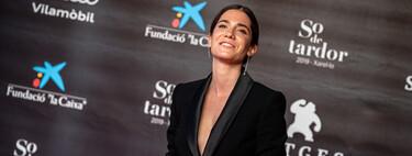 La actriz Bruna Cusí nos recuerda el poder de una chaqueta de smoking en la 53 edición del Festival de Cine de Sitges