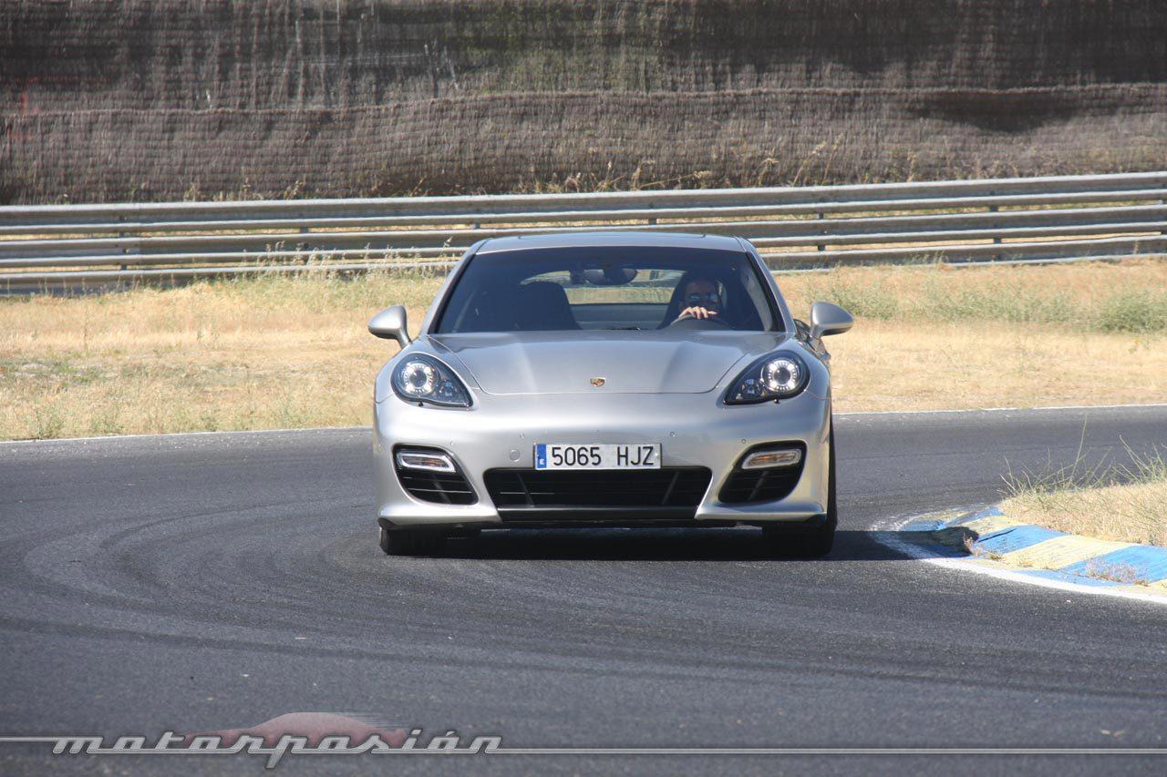 Foto de Porsche Panamera GTS (Prueba) (110/135)