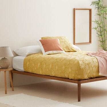 Cojines, almohadas y otros complementos para actualizar la casa que siguen de rebajas en Zara Home