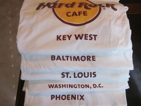 La camiseta del Hard Rock Cafe es un icono de la cultura popular. Y lo consiguió de chiripa