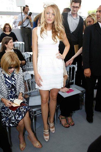Todos los últimos looks de Blake Lively: una Gossip Girl en París VIII