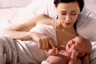 Cómo superar la tristeza tras el parto