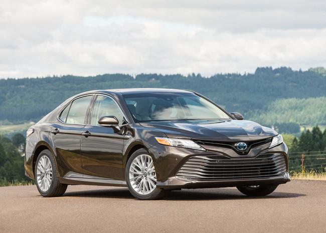 Toyota Camry Hybrid: Precios, versiones y equipamiento en México