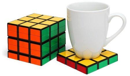 El mundo en forma de cubo de rubik: posavasos, salero y ¡sofá!