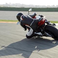 Foto 97 de 145 de la galería bmw-s1000rr-version-2012-siguendo-la-linea-marcada en Motorpasion Moto