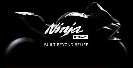 Kawasaki Ninja H2, hoy nos miramos el ombligo