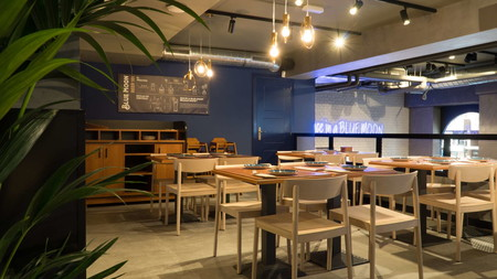 Llega A Madrid Blue Moon El Nuevo Sitio Top Para Degustar Lo Mejor De Las Cervezas Artesanales 2