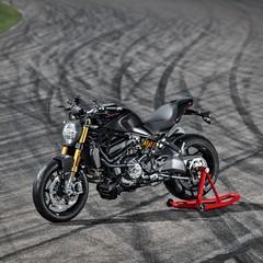 Foto 30 de 68 de la galería ducati-monster-1200-s-2020-color-negro en Motorpasion Moto