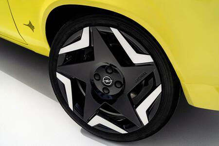 Opel Manta GSe ElektroMOD coche eléctrico