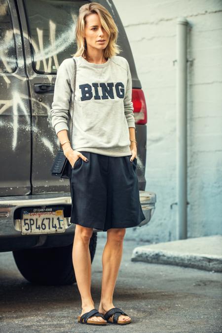 anine bing la marca y la chica que est de moda. Black Bedroom Furniture Sets. Home Design Ideas