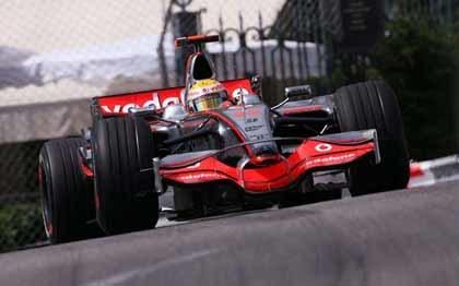 Hamilton, el más rápido de la jornada en Montecarlo