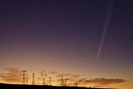 Diestros, zurdos y el cometa Hale-bopp