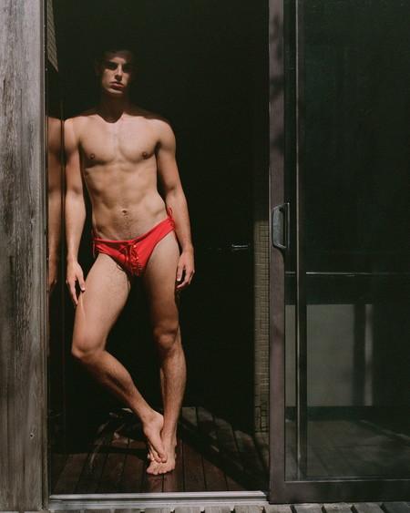 Ludovic De Saint Sernin Explora La Sensualidad Masculina Con Su Nueva Coleccion De Banadores 02