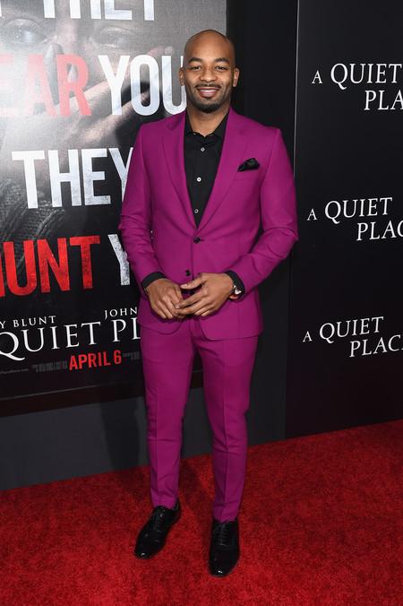Fusia Suit Men Spring Summer 2018 Red Carpet Looks Dan Stevens Victor Dixon 03