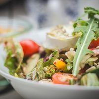 Por qué las ensaladas son la mayor fuente de intoxicaciones alimentarias y qué hacer para evitarlo