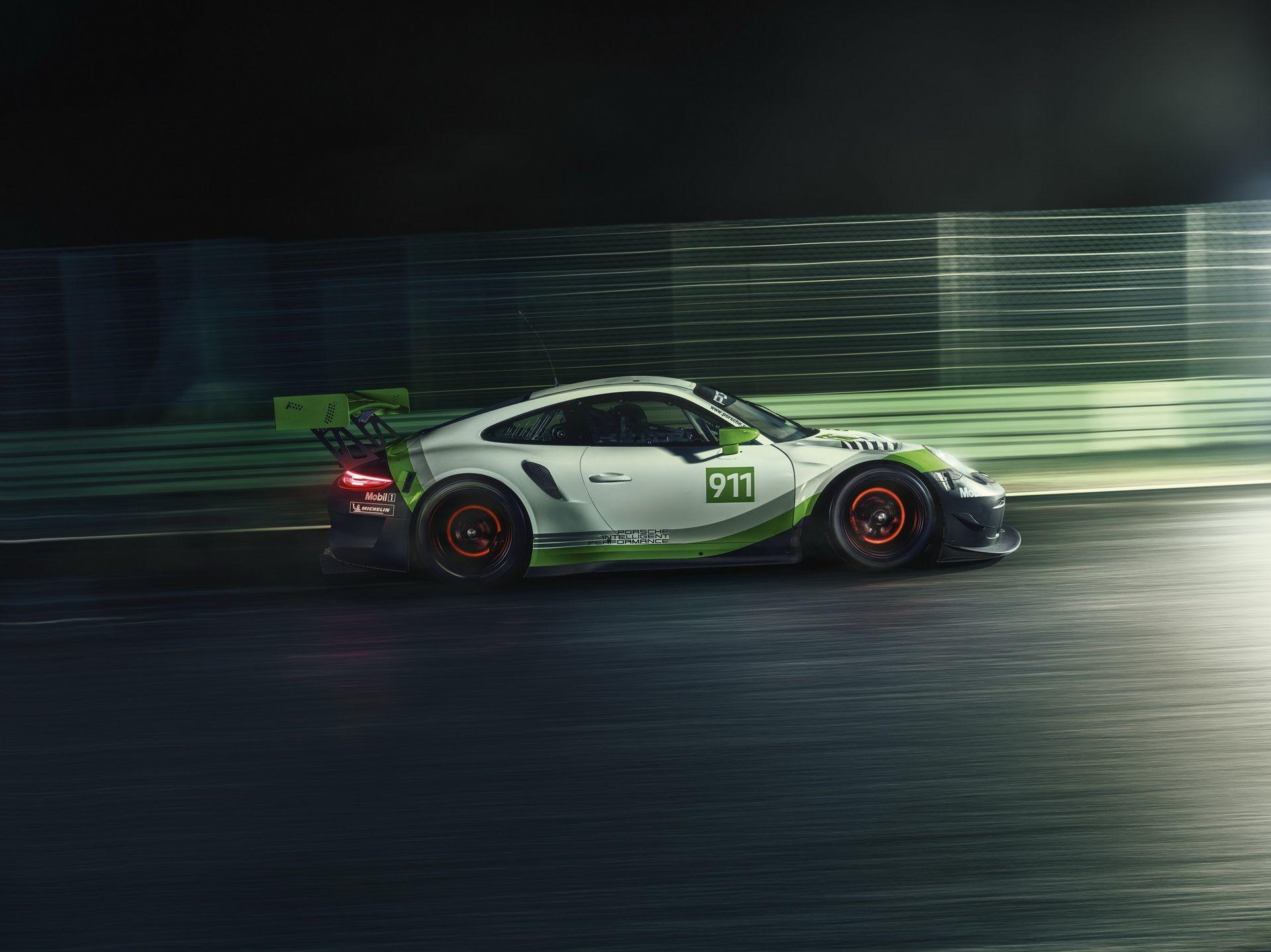 Foto de Porsche 911 GT3 R (6/9)